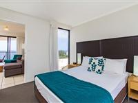 3 Bedroom Apartment – Mantra Coolangatta Beach