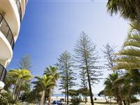Exterior overlooking beach – Mantra Coolangatta Beach