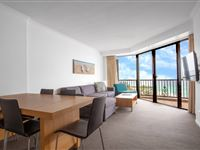 2 Bedroom Apartment - Mantra Coolangatta Beach